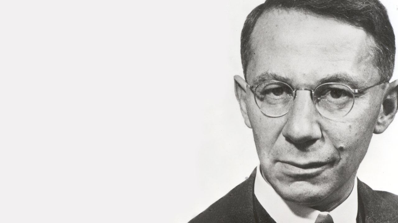 The founder of Roche, Fritz Hoffmann-La Roche, was a pioneering entrepreneur who was convinced that the future belonged to branded pharmaceutical products.